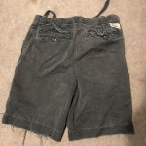Abercrombie and Fitch men's green cargo shorts  31
